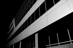 Yahoo! building A in black&white (Pics by Susanna) Tags: california blackandwhite building glass blackbackground sunnyvale yahoo blackwhite officebuilding siliconvalley lowkey firstavenue ratseyeview iamnextcontest
