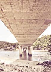 Sub (Cyrillo Augusto) Tags: bridge summer sun hot window canon day dia ponte vero calor