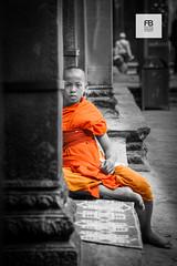 Buddha's path (Felice Bassani) Tags: monk buddha budda monaco buddista buddhist angkor wat angkorwat siemreap cambodia asia buddhism buddismo indocina indochina orange arancio arancione tunica tunic child bambino kid temple tempio meditazione meditation bw bn canon 5d selective color colour seated sit seduto calma calm quiet tranquillo tranquillit calmness