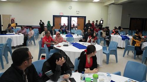 """Freeport Indonesia untuk training Karyawan Produktif itu Cerdas Finansial. Kali ini kelas di Tembagapura bersama dengan para Head Leader dari bagian masing2. • <a style=""""font-size:0.8em;"""" href=""""http://www.flickr.com/photos/41601386@N04/27894013563/"""" target=""""_blank"""">View on Flickr</a>"""