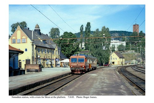 Notodden. Train for Skien. 7.8.03