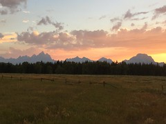 Teton Sunset (nimbus55) Tags: grandtetonnationalpark tetons grandtetons wyoming mounains landscape sunset