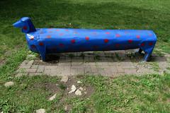 A unique bench in le Parc de l'imaginaire in Aylmer (now Gatineau), Quebec (Ullysses) Tags: summer sculpture canada bench quebec gatineau t aylmer banc wychwood parcdelimaginaire donalddoiron
