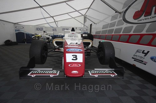 Sennan Fielding's car in British Formula Four at the Knockhill BTCC Weekend, August 2016