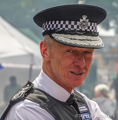 Sir Bernard Hogan-Howe, Commissioner of Police   TrinDiego (TrinDiego) Tags: carnival nottinghill costume street party festival parade london 2016 beauty beautiful catchy colour commissionerofpoliceofthemetropolis commissioner police bernardhoganhowe bernard hoganhowe streetphotography catchcolours uk performer bright nottinghillcarnival