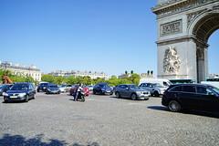 Paris Arc de Triomphe 12.9.2016 3784 (orangevolvobusdriver4u) Tags: verkehr trafic traffic road strasse arc triumpfbogen de triomphe arcdetriomphe 2016 archiv2016 france frankreich paris
