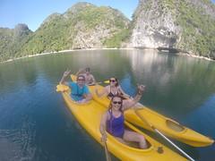 Photo de 14h - Avec Maxime, Anaïs en Kayak (Baie d'Halong) - 23.11.2014
