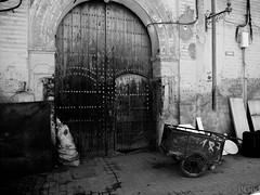 15022015-P1170624 (Philgo61) Tags: africa door wagon lumix vacances market panasonic morocco maroc marrakech souk porte xxx cart souks marché vacance afrique charrette médina gf1