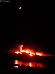 Trvignon (patrick.kerstin) Tags: moon night bretagne firework trvignon