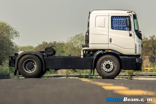 2015-Tata-T1-Prima-Racing-Truck-08