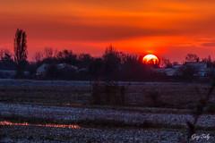 lever de soleil sur Chtlaillon (luciole17) Tags: nature canon ciel couchdesoleil 24105 5dmark3 chtlaillon