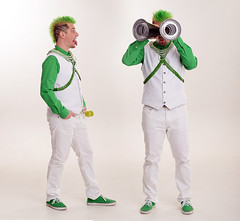 say what?! (zmetok) Tags: studio tamtam bila khalil 2015 lidé bily zelena vetek kostym roura zeleny foceni