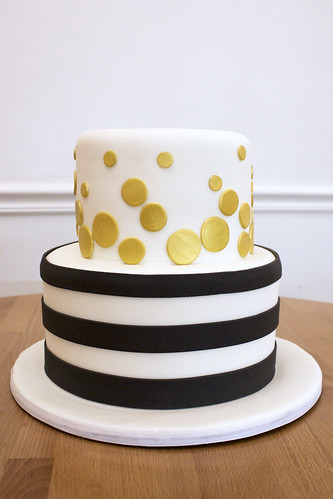 Gold and Navy Cake