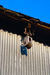 CV865 Wood Pulley (listentoreason) Tags: usa america canon geotagged newjersey unitedstates geocoded favorites places mercercounty ef28135mmf3556isusm score25 mercermeadows