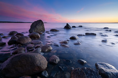 6 stop sunset (Bent Velling) Tags: longexposure sunset seascape water norway landscape norge moss rocks norwegen scandinavia stfold waterscape 10mm jely mosshorten hoyand64 sel1018 bentvelling sonya6000