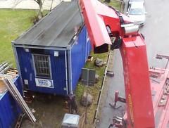 Delivery (blondinrikard) Tags: lift crane shack constructionsite byggarbetsplats byggbod manskapsbod byggbarack