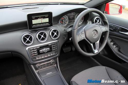 2015-Mercedes-A200-CDI-7