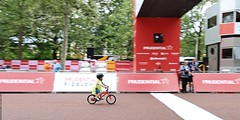 The Finishing Line (Jeff G Photo - 2m+ views! - jeffgphoto@outlook.com) Tags: freecycle ridelondon themall mall cycling cyclists bike bicycle bicycles bikes ridelondonfreecycle