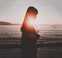 B E L L I S S I M A (Ri) Tags: tone pov masterpiece sunlight sunrise beaches ninhtru vscocam vsco portrait mobiography iphone6 moltobella bella bellissima
