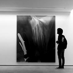 Galeria de arte / Art Gallery (Francisco (PortoPortugal)) Tags: 1552016 20150919fpbo05932 bw pb arte art galeria gallery porto portugal portografiaassociaofotogrficadoporto franciscooliveira interior indoor