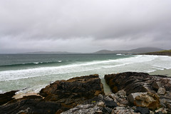 Waves on the beach (supersky77) Tags: harris isleofharris scotland ecosse scozia oceano atlanticocean ocean atlantic oceanoatlantico spiaggia beach waves onde rain pioggia cloudy nuvoloso