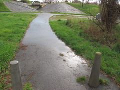 Flooded walkway from 1237 (troggonk) Tags: ginnderra creek act sept 2016 ngunnawal gungahlin water erosion maintenance