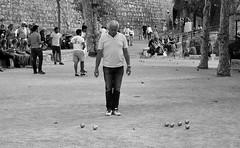 Saint Paul de Vence (044) (Pier Romano) Tags: saint paul vence saintpauldevence francia france gioco bocce bowls boules bnw blackandwhite biancoenero monocromo old town paese antico historical