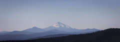 (D3IM0S) Tags: oregon mountains layers blue montagne mthood mounthood panorama summer canon hiking outdoor wanderer