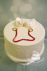 Pigeons Wedding Cake (toertlifee) Tags: törtlifee weddingcake cake torte festlichetorte torten hochzeit wedding hochzeitstorte lace spitze ringe rings pigeons tauben taube pigeon
