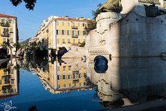 Reflets - Reflections (mvj photography) Tags: france nice fontaine fuentesfountains reflets reflections eau water architecture