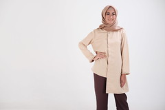 DSCF4344 (bumb2kid) Tags: model fashion hijab xf35mmf2 xf35mm xf35wr