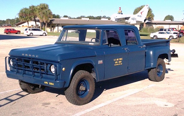 truck 4x4 military dodge powerwagon