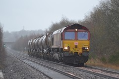 66080 6A32 09:29 Mossend Down Yard - Aberdeen Waterloo; Millhall Road Foot Crossing, Stirling; 06-03-2015 (graeme8665) Tags: tanks ews dbschenker polmaise