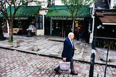 DSCF1402 (roythaniago) Tags: france street streetphotography paris urbanlife socialdocumentary book store