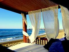 Brisa !!! (camus agp) Tags: espaa costa hotel mar mediterraneo playa embarcadero vacaciones marbella orilla azules clubdeplaya marbellaclub