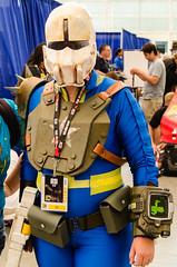 DSC_7333.jpg (Seg Fault) Tags: comiccon sdcc sandiego comics cosplay sandiegocomiccon nikon d7000 fallout videogame pipboy