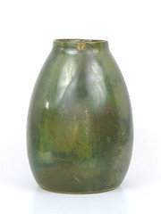 Red Wing Nokomis (altfelix11) Tags: pottery artpottery ceramics artceramics artsandcrafts craftsman redwing redwingpottery green nokomis vase collectible collectable