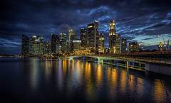 Blue Hour Shenton Way (Gordon Koh) Tags: singapore asia architecture sunset shentonway skyline skyscraper cloud blue hour cityscape city reflection riverfront jubileebridge