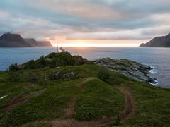 Senja : Husøy, coucher de soleil (dd.hz34) Tags: senja norway turistveger nasjonal fjord nature polar circle