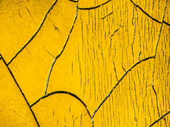 Cracks (plethora4834) Tags: sign cracked cracks yellow