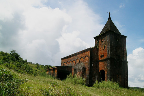 Kampot - Bokor Hill Church