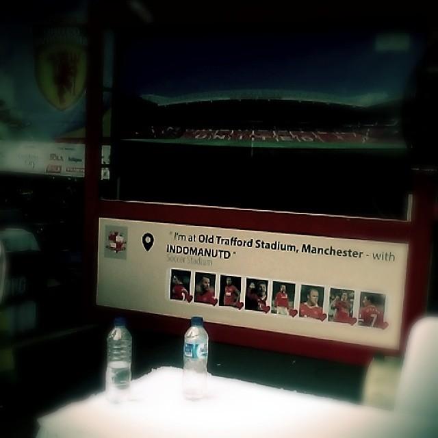 Lokasi Nobar: Booth Manchester United Indomanutd @Indomanutd di #SportsRace2014 bareng @bolanewscom @tabloidbola @gandariacity