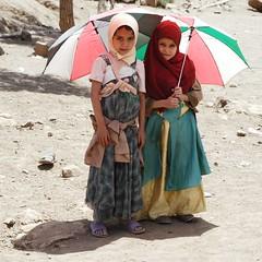 Yemeni girls (Marc Röhlig) Tags: girls culture tribal arab arabia yemen taizz