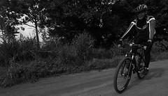 Passeio Ciclstico Exp. Meia Ponte (3484) (Jorge Belim) Tags: bike bicicleta pb 1022 canoneos50d