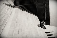 Dresden Pillnitz - Freitreppe (nemodoteles) Tags: blackandwhite bw blancoynegro monochrome sepia vintage germany deutschland dresden noiretblanc saxony grain retro sachsen dxo sw monochrom allemagne schwarz elbe korn biancoenero freitreppe pillnitz weis vintagelook filmimitation