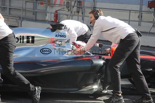 Kevin Magnussen in the McLaren pit in Formula One Winter Testing 2015