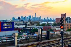 DSC_0595 (IntExp7) Tags: nyc nycsubway ny newyork newyorkcity newyorkcitysubway 7train 7 7line irtflushingline queens sunnyside skyline manhattanskyline trains train r188 sunset gothamist