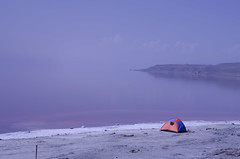 Lake urmia (fa_no) Tags: nikon d5100 nikkor 50mm f18 f18g lake misty salty shore camp landscape calm urmia iran nature