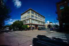 11th & E Pike, Capitol Hill. (Matt Benton) Tags: leica capitolhill rented voigtlandersuperwideheliar15mmf45 leicame