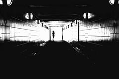 running silhouette. (HansEckart) Tags: blackandwhite bw sw urban szene street linien gegenlicht belichtung bearbeitung sihouette tunnel schwarzweis monochrome